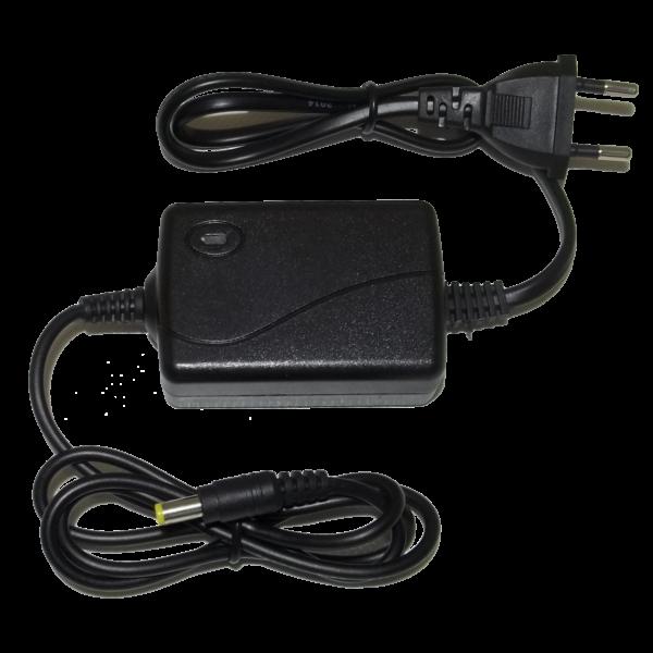 Egyenfeszültségű stabilizált hálózati adapter